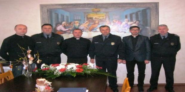 Policijski zvaničnici posjetili Župu u Zenici