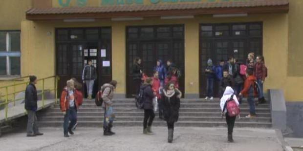 Štrajk upozorenja u školama