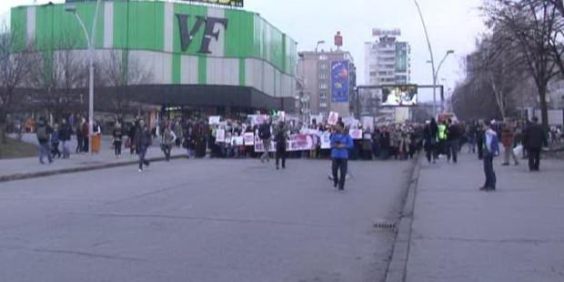 Mirna šetnja protiv odluke VSTV