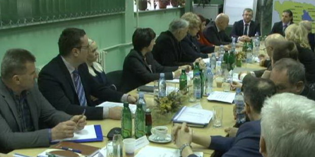 Premijer Galijašević posjetio Službu za zapošljavanje