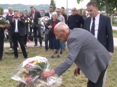 Cvijeće na grob Mateje Jurić