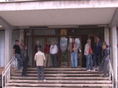 ŽZ-Zbog duga za PIO problem sa penzionisanjem