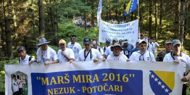 Učesnici Marša mira stižu u Potočare