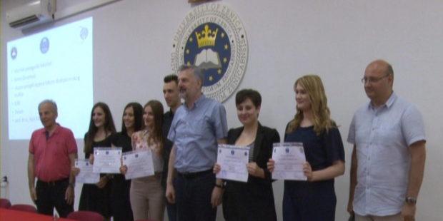 Dodjela certifikata za najbolje studente UNZE