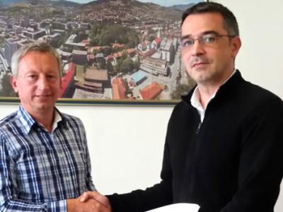 Ugovor za radove novog krova Atletskog stadiona