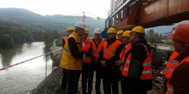 Ministar Jusko obišao gradilište autoceste u Drivuši