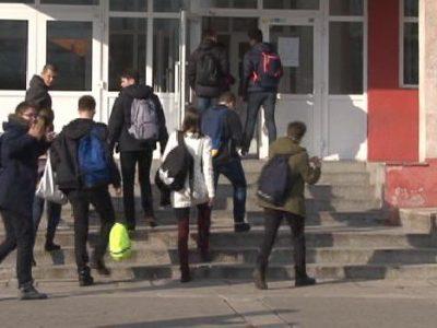 Povodom Dana srednjoškolaca šetnja gradom