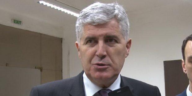 Dragan Čović na svečanoj akademiji HDZ Zenica