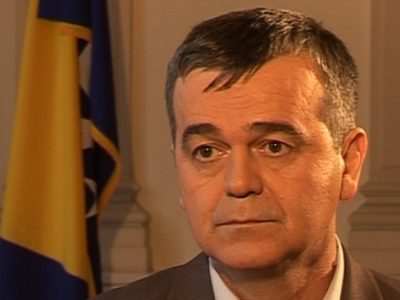 Preminuo novinar Esad Hećimović