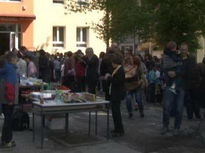 "Humanitarni bazar u OŠ ""Musa Ćazim Ćatić"""