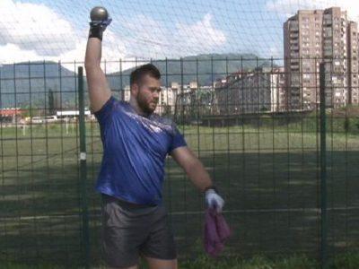 Mesud Pezer planira oboriti državni rekord
