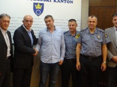 Postignut dogovor o usklađivanju plata policije u ZDK