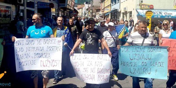 Mirna šetnja Nezavisne liste mladih Zeničko-dobojskog kantona