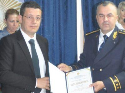 Semiru Šutu dodijeljena Zlatna policijska značka