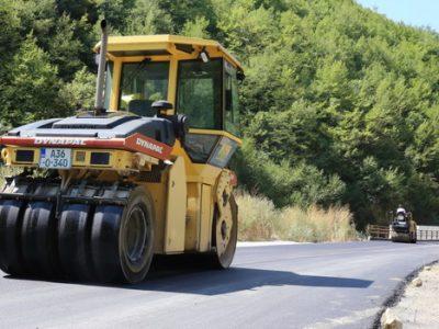 Novi asfalt na dijelu puta za Babino