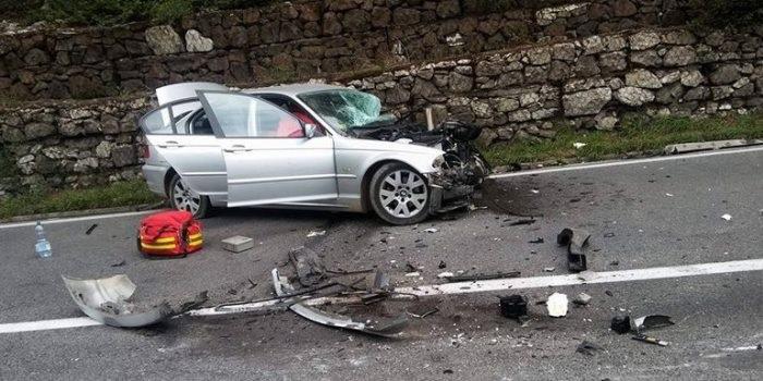 Mlađa osoba teže povrijeđena u saobraćajnoj nesreći u Jelini