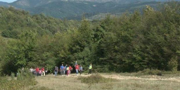 Na stotine planinara učestvovalo u 19. Željezarskoj transferzali