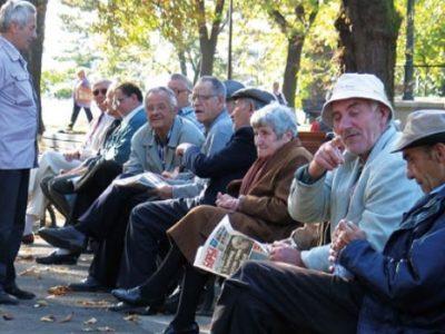 Penzioneri iz Tuzle i Zenice stižu u 60 autobusa