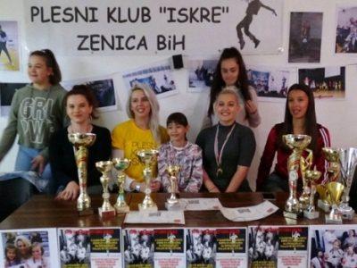 """Članice Plesnog kluba """"Iskre"""" u Zenicu donijele zlato"""