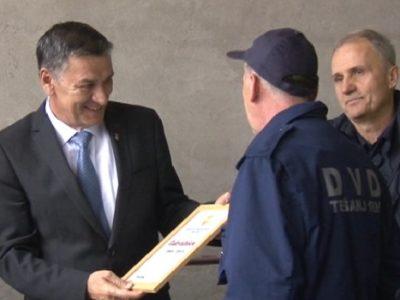 PVJ donirala vatrogasnu opremu i vozila