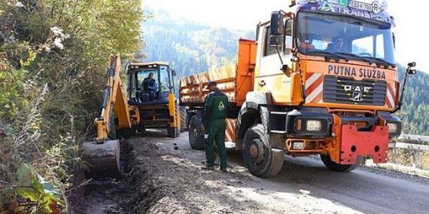 Počela rekonstrukcija i saniranje puteva na više lokacija u Zenici