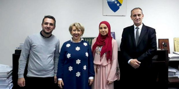 Srednjoškolci iz ZDK na Kafi s ministrom